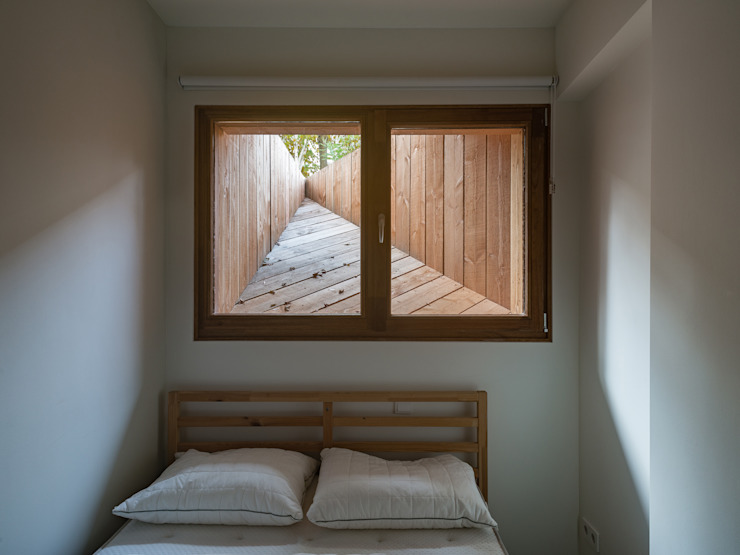 Small bedroom by Kevin Veenhuizen Architects, Сучасний