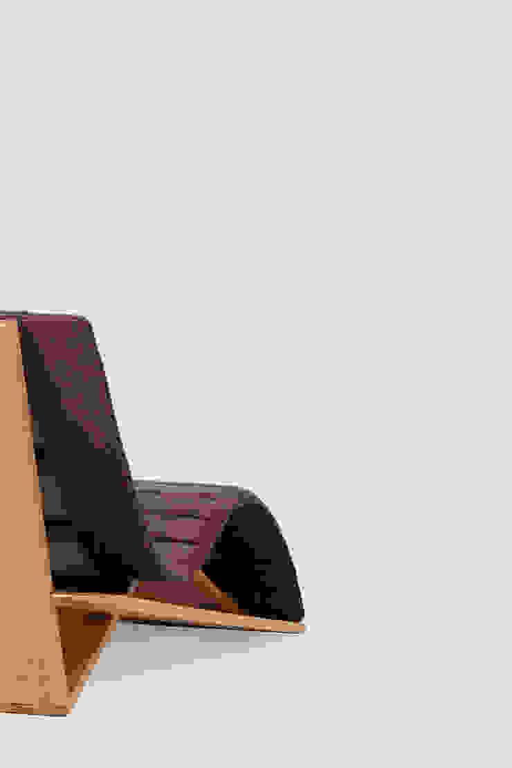 birch de AYLE Minimalista Madera maciza Multicolor