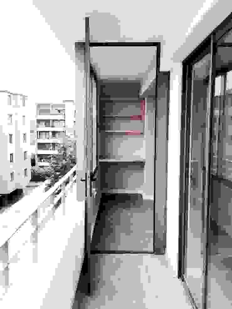 Dpto Román Diaz Balcones y terrazas modernos de EnVoga Moderno