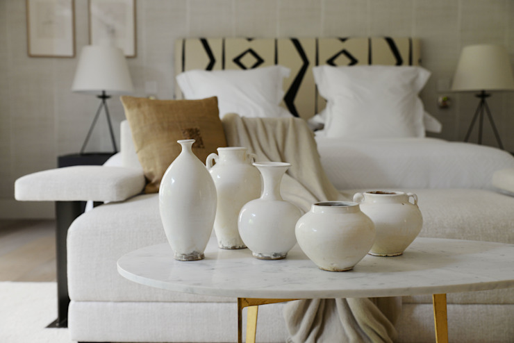 Property Staging: Chelsea Decoroom Ltd Eclectic style bedroom