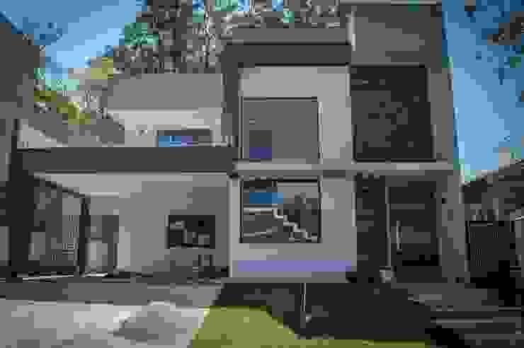por Barbara Oriani Arquiteta Moderno Concreto