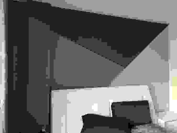 Dinding & Lantai Modern Oleh SHADOW Modern