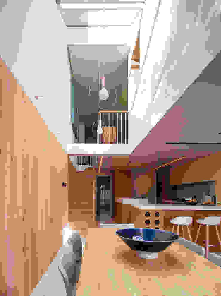 Dusheiko House Neil Dusheiko Architects Столовая комната в стиле модерн