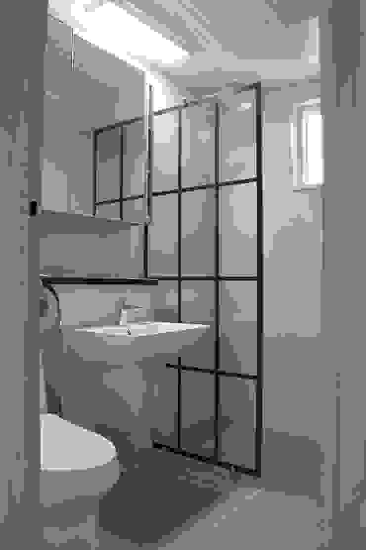 욕실 러스틱스타일 욕실 by 나무집협동조합 러스틱 (Rustic)