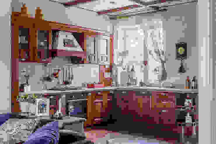 Kitchen by Студия дизайна Светланы Исаевой,