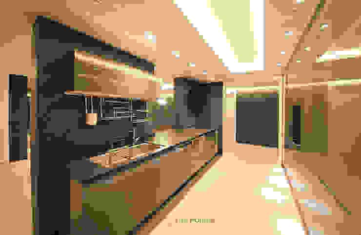 Ruang Makan Modern Oleh 스테이 모던 (Stay Modern) Modern