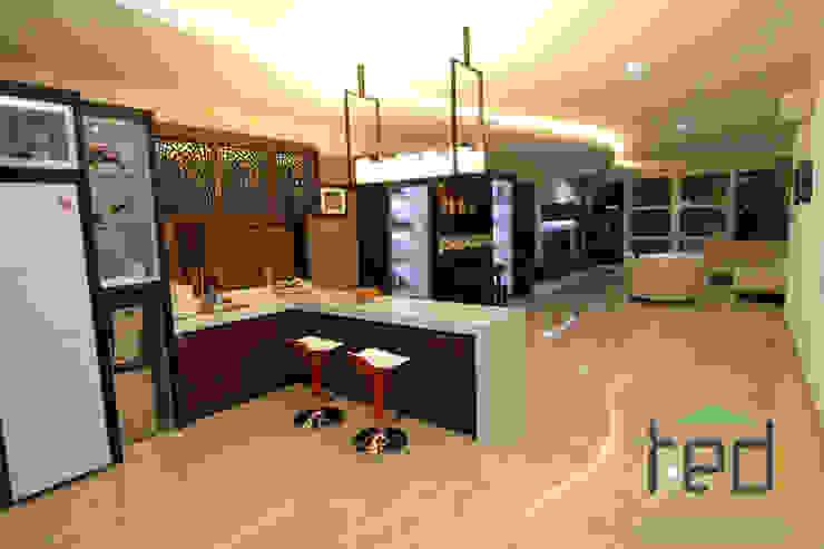 PD. Teguh Desain Indonesia Living roomCupboards & sideboards