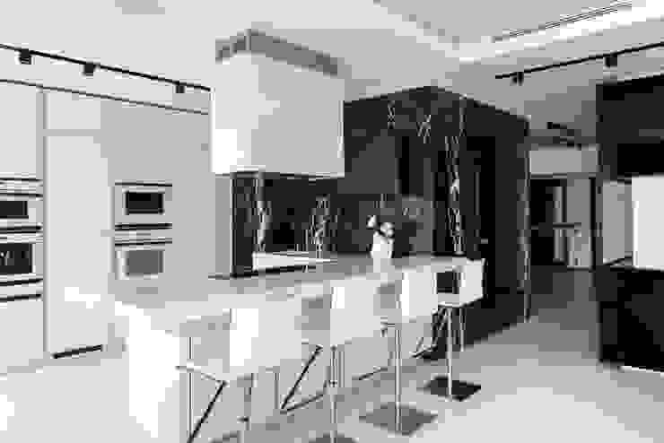 Cucina moderna di Geometrix Design Moderno