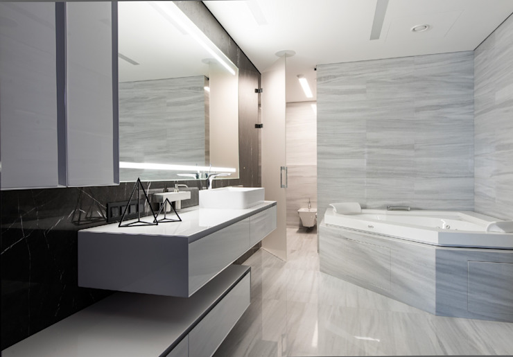 Modern style bathrooms by Geometrix Design Modern