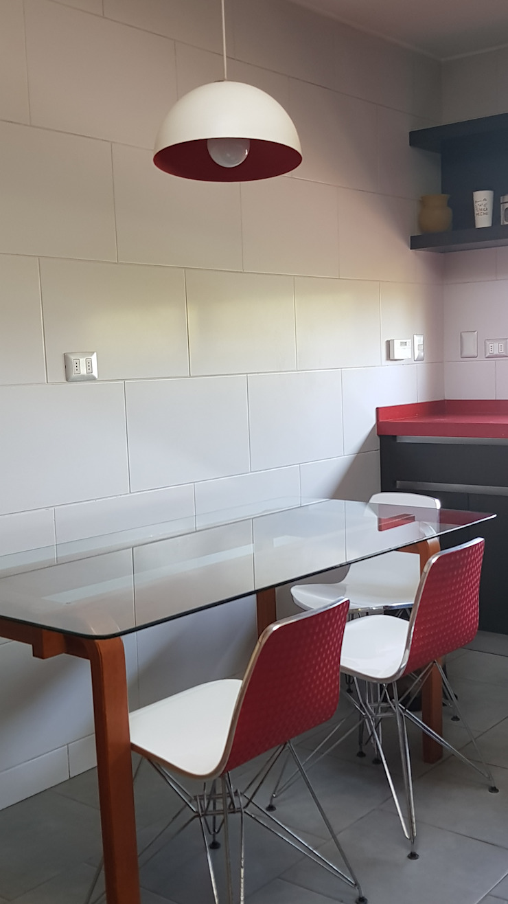 objetos rojos de SIMPLEMENTE AMBIENTE mobiliarios hogar y oficinas santiago Moderno