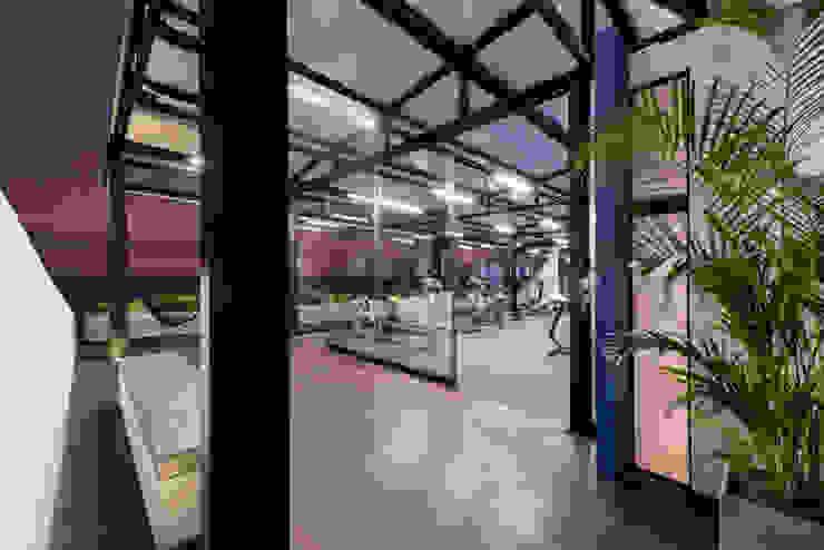 NIKOLAS BRICEÑO arquitecto 酒吧&夜店