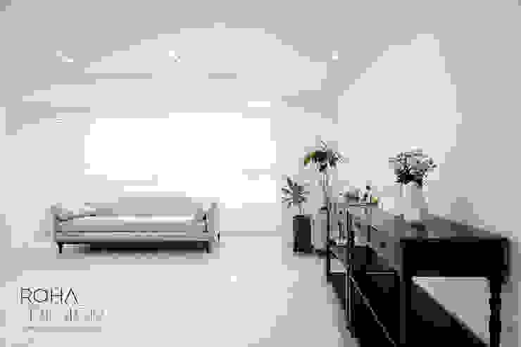 센텀파크 1차 50평 인테리어: 로하디자인의  거실