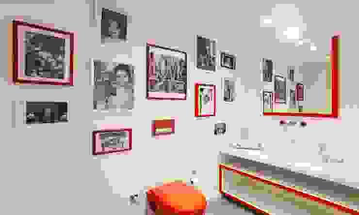 Şekeroğlu Residential Baños de estilo moderno de Pebbledesign / Çakıltașları Mimarlık Tasarım Moderno