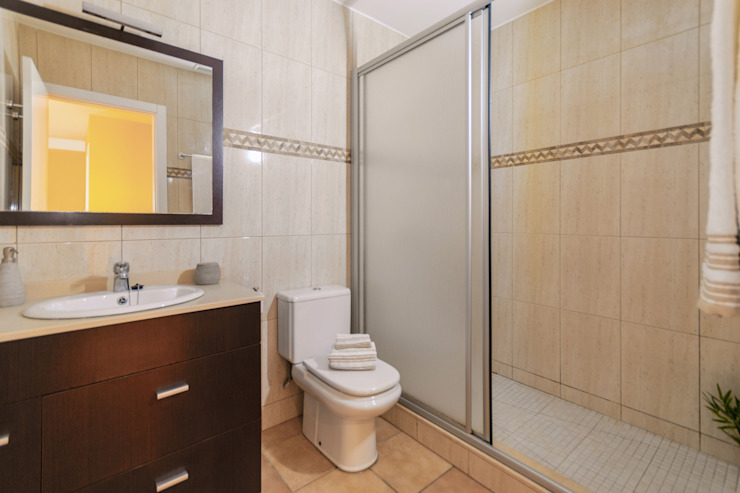Kamar Mandi Gaya Mediteran Oleh Home Staging Tarragona - Deco Interior Mediteran