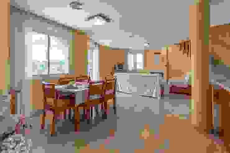 Phòng ăn phong cách Địa Trung Hải bởi Home Staging Tarragona - Deco Interior Địa Trung Hải