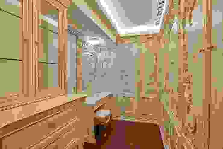法式古典更衣室妝枱飾品櫃: 經典  by 歐式藝廊法式新古典設計, 古典風 塑木複合材料
