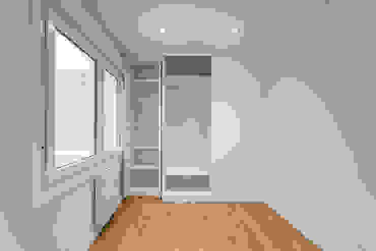 Desde cero DISEÑO&ARQUITECTURA Dormitorios de estilo moderno