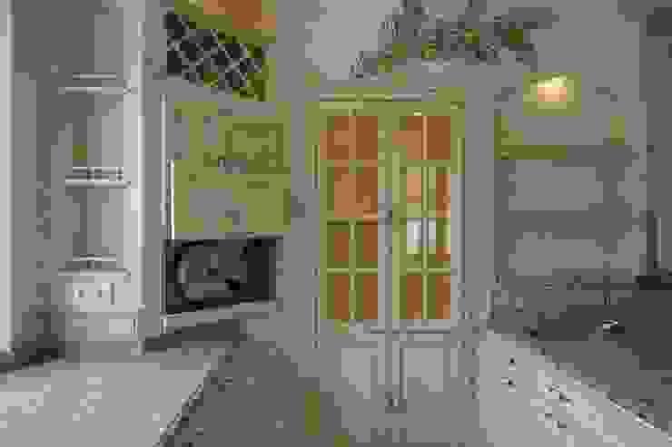 de Villa Medici - Landhauskuechen aus Aschheim Mediterráneo Madera Acabado en madera