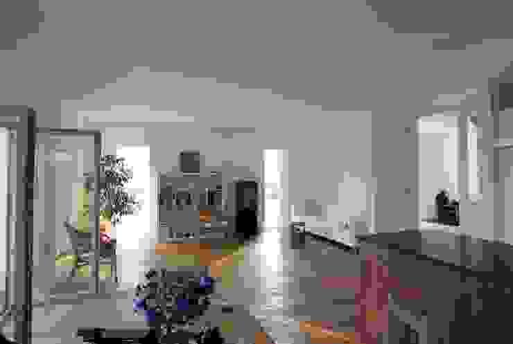 Wohnbereich:  Wohnzimmer von WSM ARCHITEKTEN,
