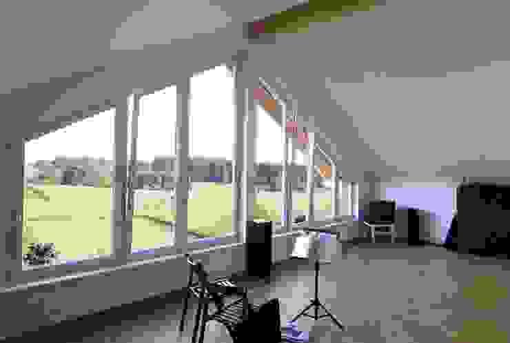 Detail Fensterfront:  Arbeitszimmer von WSM ARCHITEKTEN,