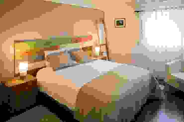 projeto de decoração de um alojamento local em Sintra – Quinta do Pé Descalço Officina Boarotto Quartos rústicos