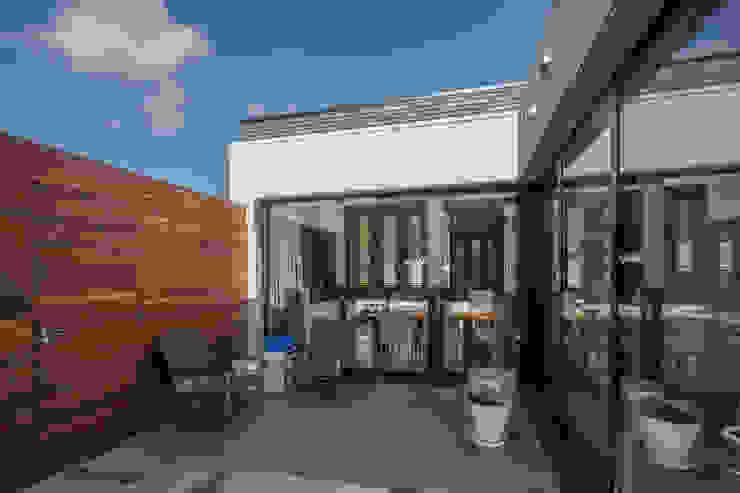 Patiowoning Tilburg Moderne huizen van Marc Melissen Architect Modern