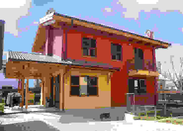 COSTRUZIONE TRADIZIONALE BERGAMO Sangallo srl Casa di legno Legno Rosso