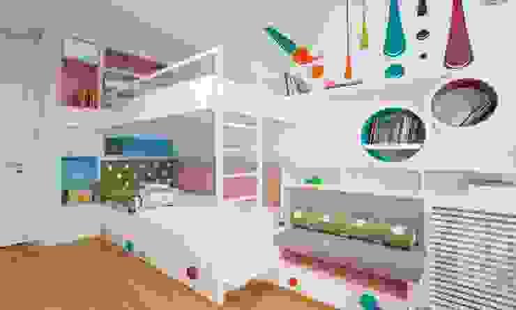 por Pebbledesign / Çakıltașları Mimarlık Tasarım Moderno