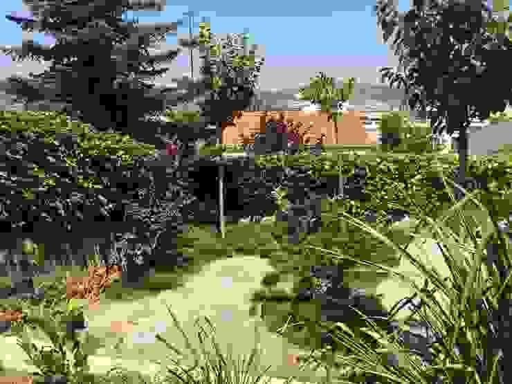 Jardin Japonés - Mediterráneo Nosaltres Toquem Fusta S.L. Jardines de estilo asiático