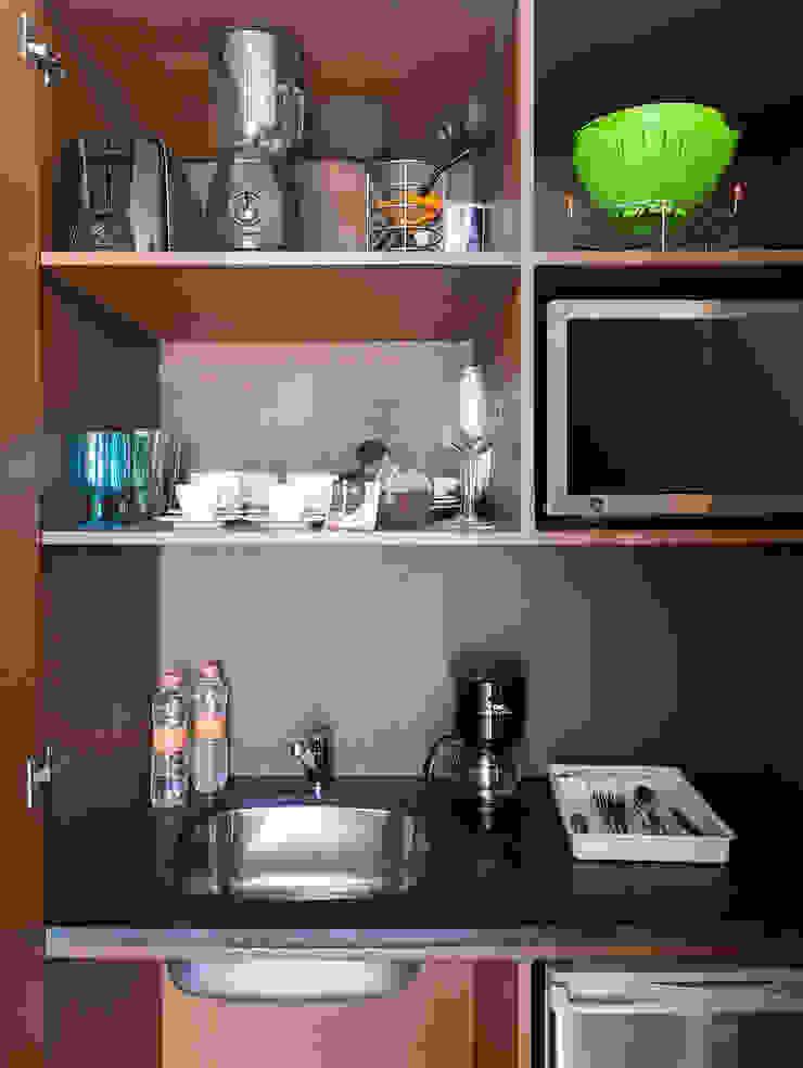 Daniel Cota Arquitectura | Despacho de arquitectos | Cancún Small kitchens Wood Wood effect