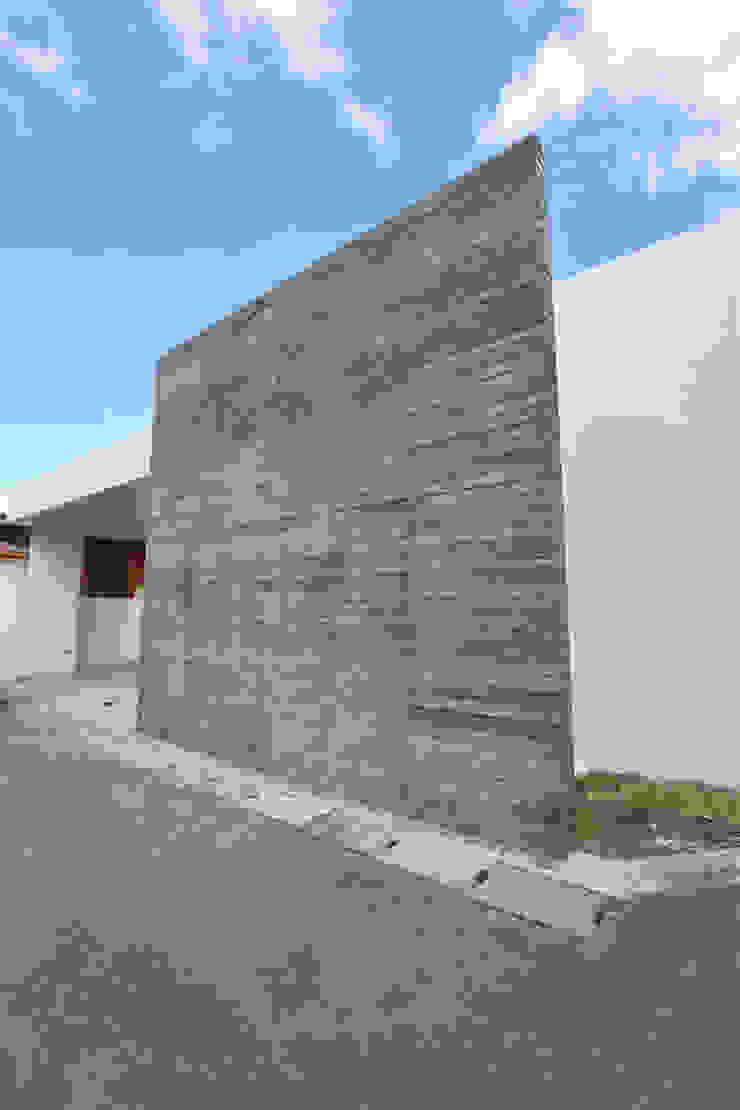 外観 Style Create モダンな 家 鉄筋コンクリート 灰色