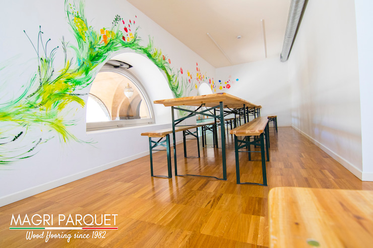 Magri Parquet Modern dining room Engineered Wood Brown