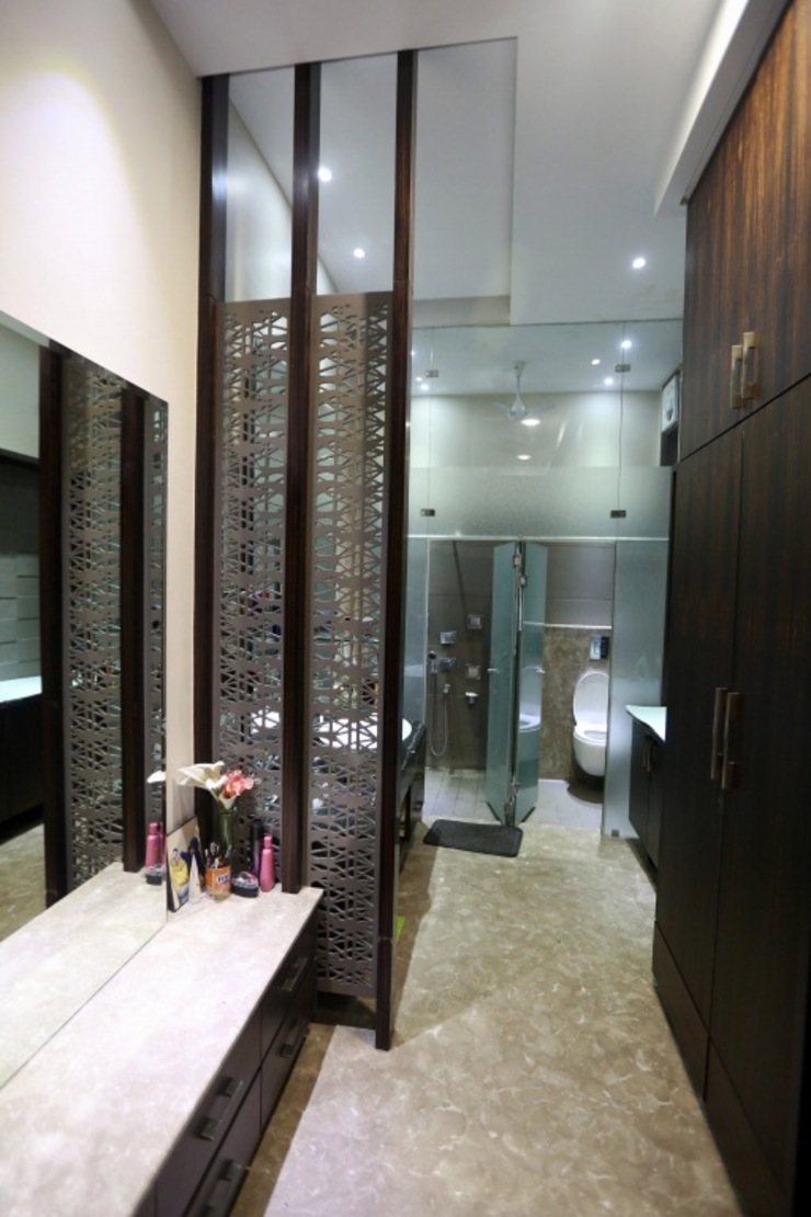 Bathroom Separtion and Designs Modern Bathroom by Planet Design and associate Modern