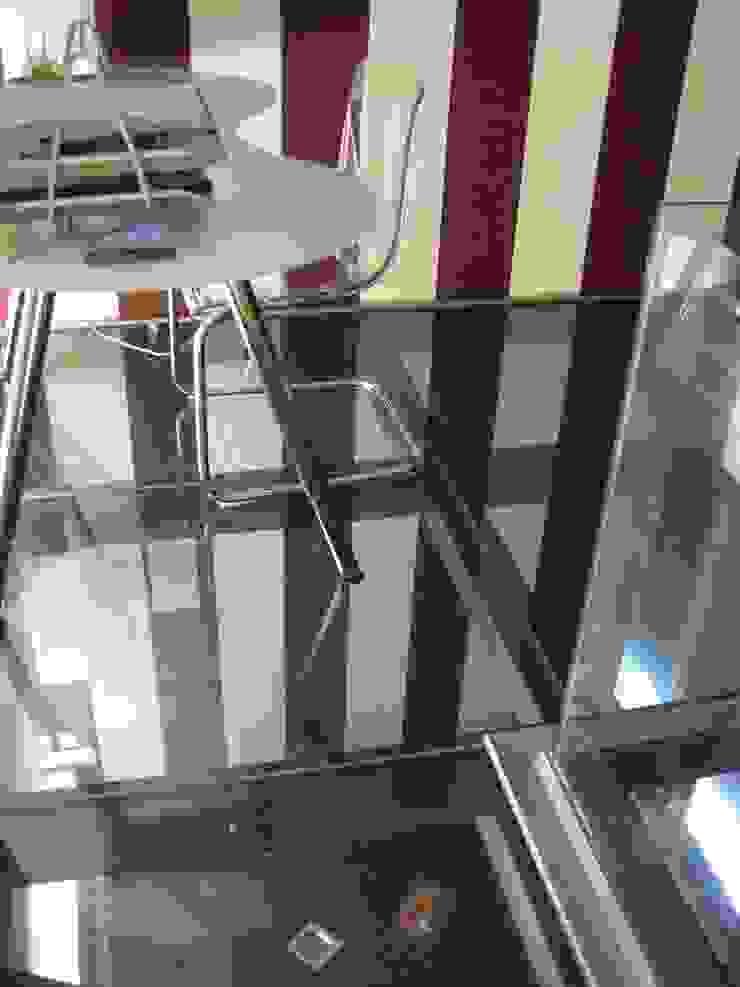 Forjado de cristal Estudios y despachos de estilo industrial de Almudena Madrid Interiorismo, diseño y decoración de interiores Industrial