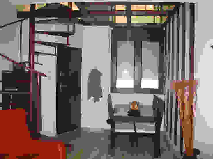 Comedor Comedores de estilo industrial de Almudena Madrid Interiorismo, diseño y decoración de interiores Industrial