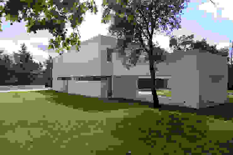 Construir vivienda unifamiliar en Madrid, arquitectura Casas de estilo minimalista de Otto Medem Arquitecto vanguardista en Madrid Minimalista