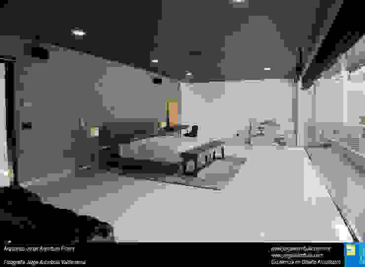 Casa N1 Dormitorios minimalistas de Excelencia en Diseño Minimalista