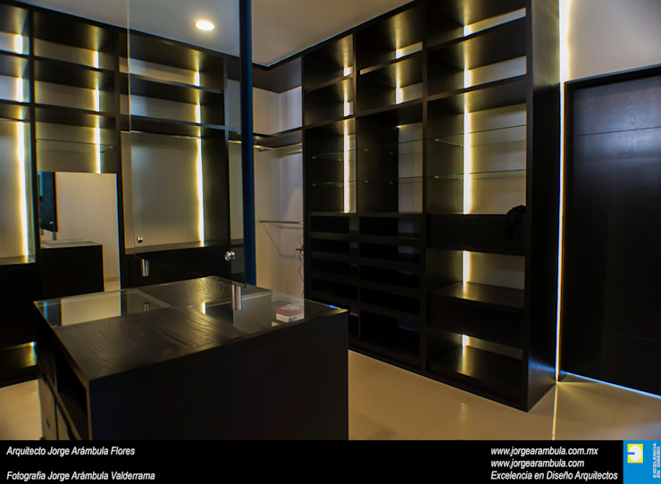Casa N1 Vestidores minimalistas de Excelencia en Diseño Minimalista Madera Acabado en madera