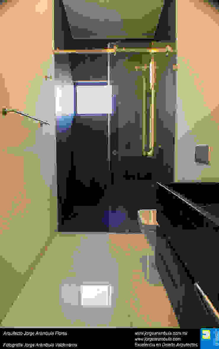 Casa N1 Baños minimalistas de Excelencia en Diseño Minimalista