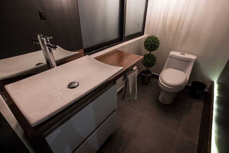 Modern style bathrooms by TARE arquitectos Modern