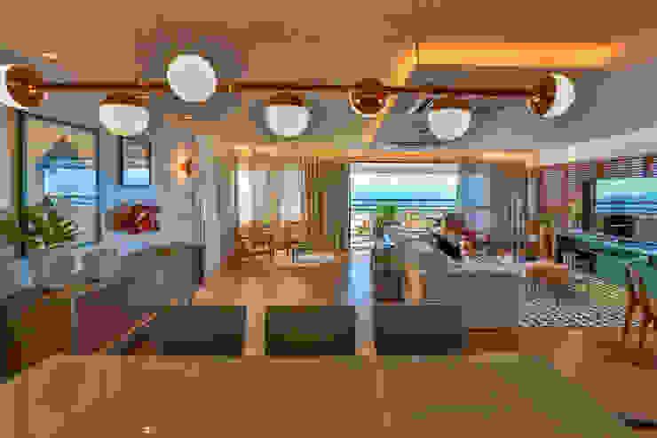 Bloom Arquitetura e Design Dining roomAccessories & decoration Copper/Bronze/Brass Beige