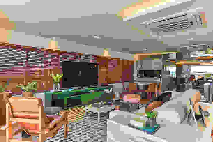 Bloom Arquitetura e Design Modern living room Green