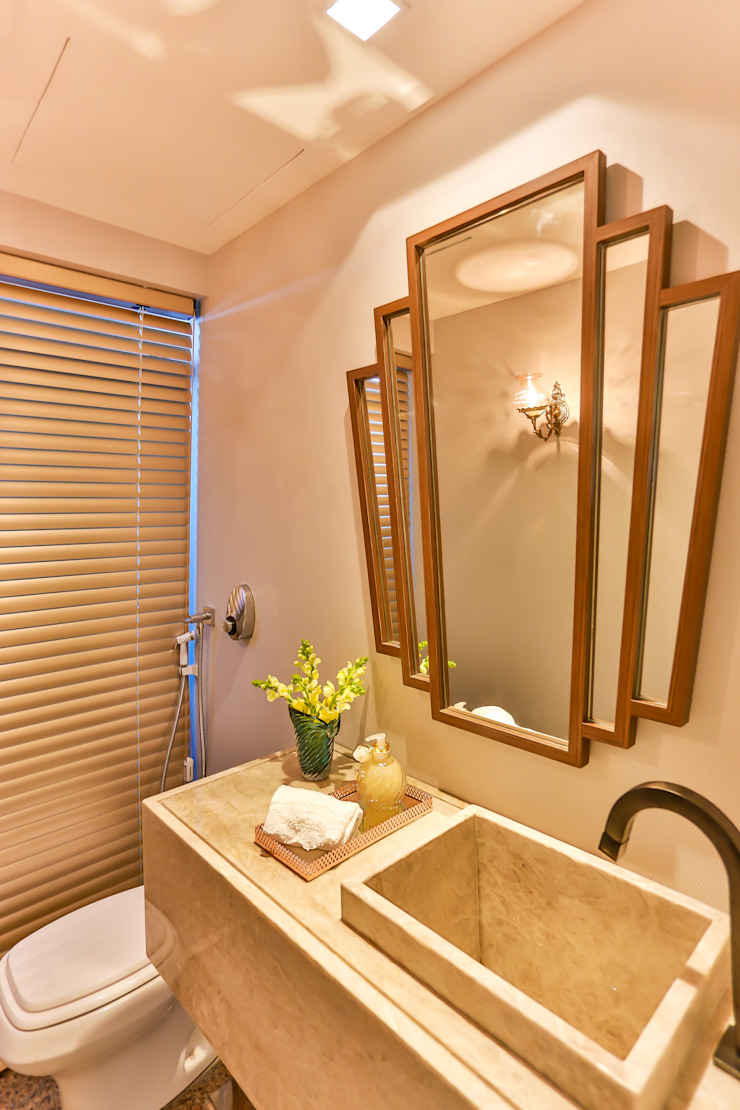 Bloom Arquitetura e Design Minimalist bathroom Amber/Gold