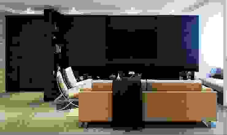 Minimalist style in Choa Chu Kang Road Minimalist living room by Singapore Carpentry Interior Design Pte Ltd Minimalist