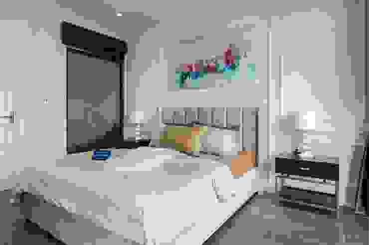 Thiết kế và thi công nội thất biệt thự Tân Cổ Điển sang trọng và đẳng cấp Phòng ngủ phong cách kinh điển bởi ICON INTERIOR Kinh điển
