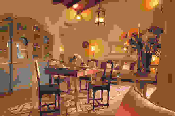 Dettagli soggiorno e sala da pranzo siru srl Soggiorno eclettico