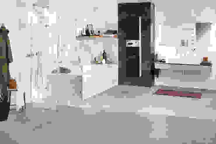 Glasservice König Modern bathroom