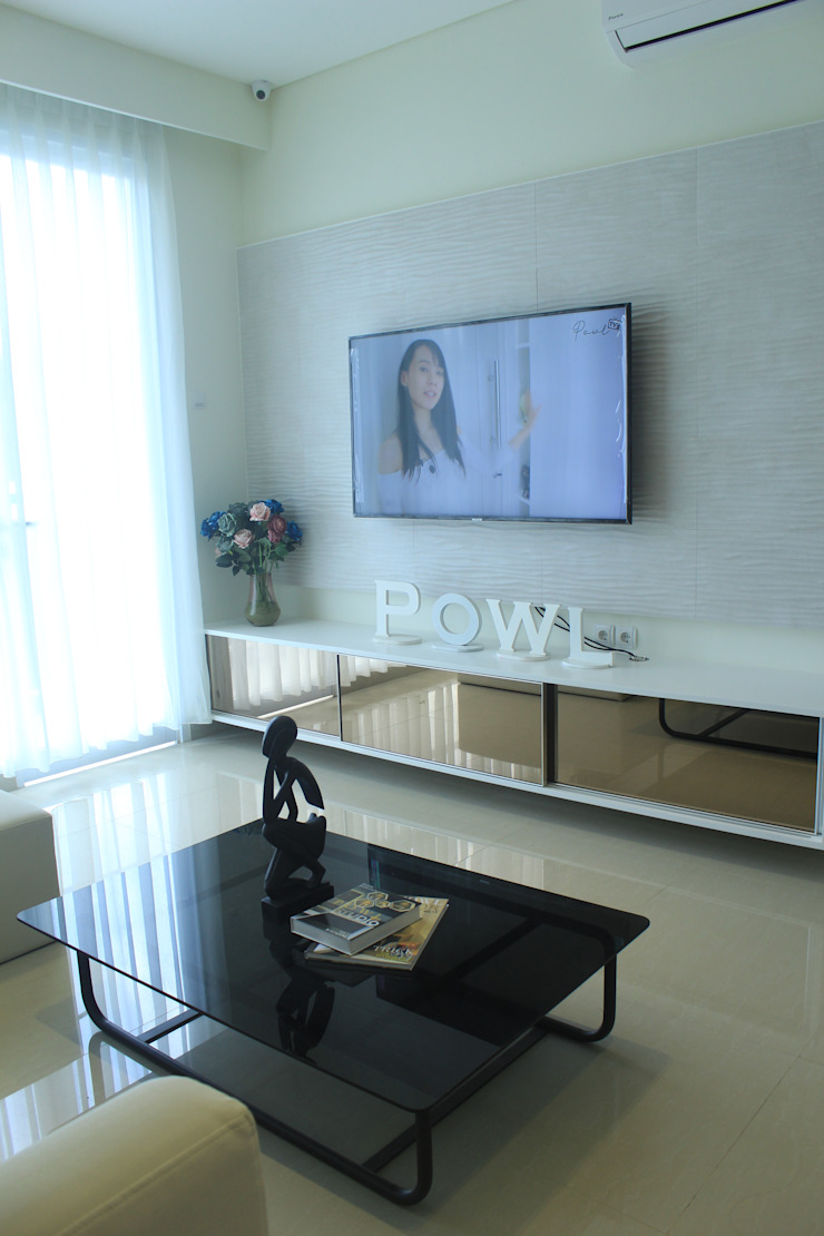 ミニマルデザインの リビング の POWL Studio ミニマル