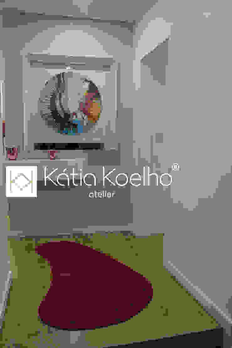 by Atelier Kátia Koelho Мінімалістичний