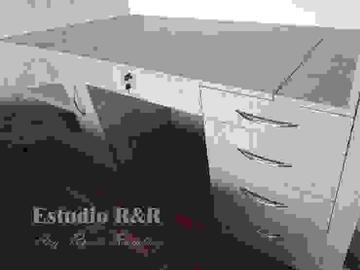 Tocador/escritorio de Estudio R&R Moderno Aglomerado